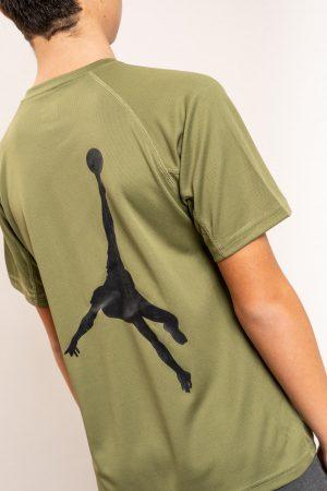 """חולצת אימון """"Shark Attack"""" בירוק / מידה 14"""